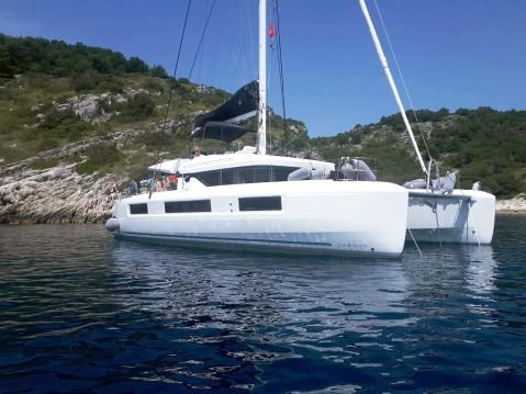Catamaran for rent Kaštel Gomilica at the best price