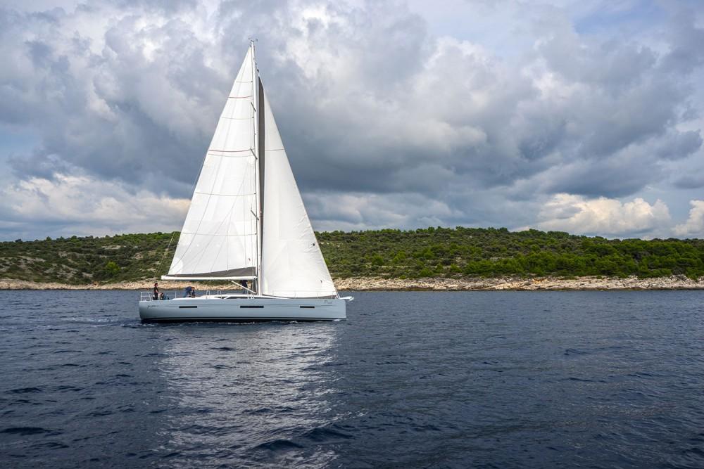 Rental Sailboat in Marina Kaštela - More More 55