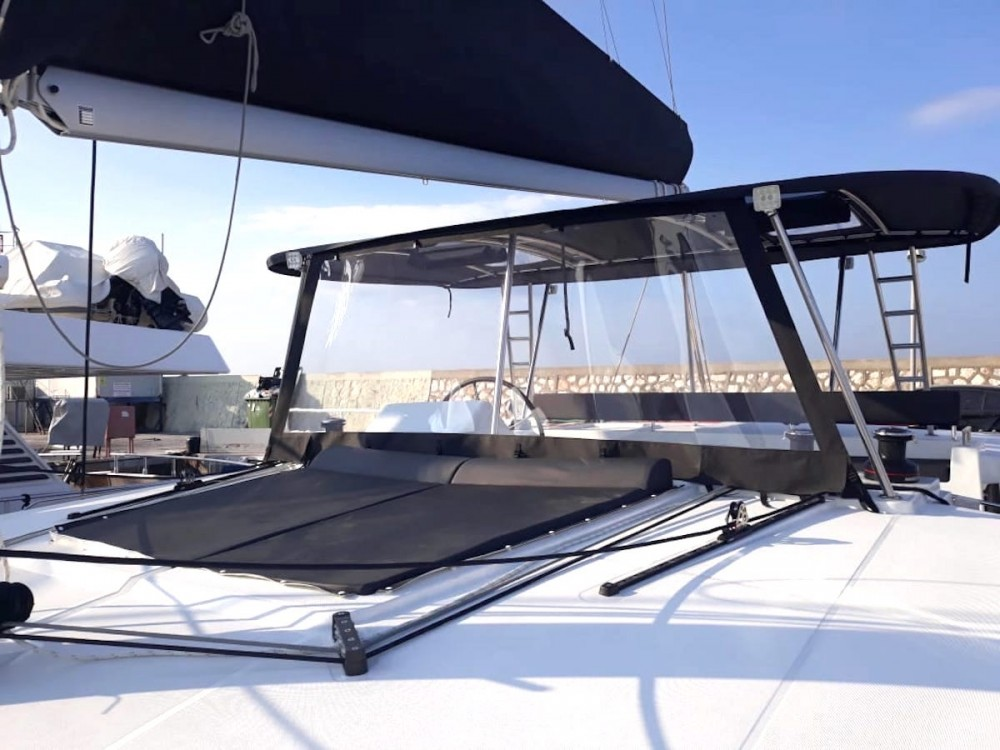 Rental Catamaran in  - Lagoon Lagoon 450F