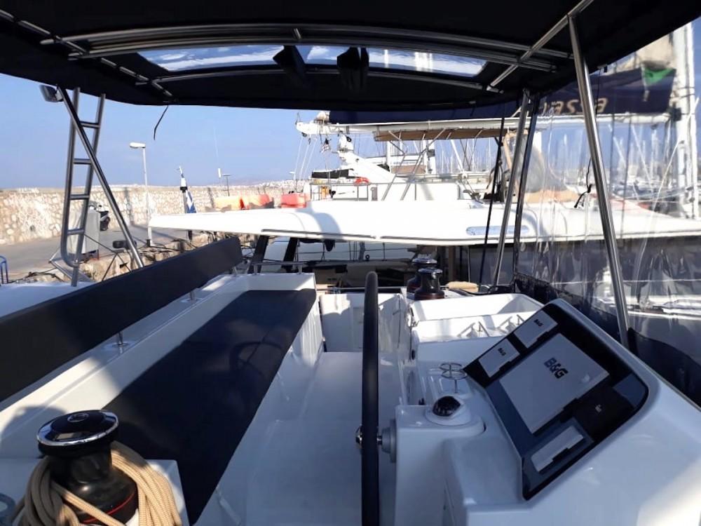 Boat rental Alimos Marina cheap Lagoon 450F