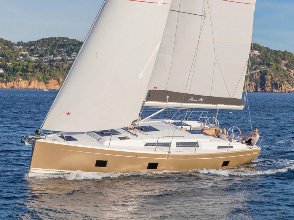Sailboat for rent Vila de Porto Santo at the best price