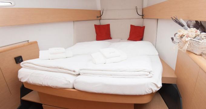 Rental yacht Kaštel Gomilica - Bénéteau First 45 on SamBoat