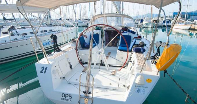 Boat rental Kaštel Gomilica cheap First 35