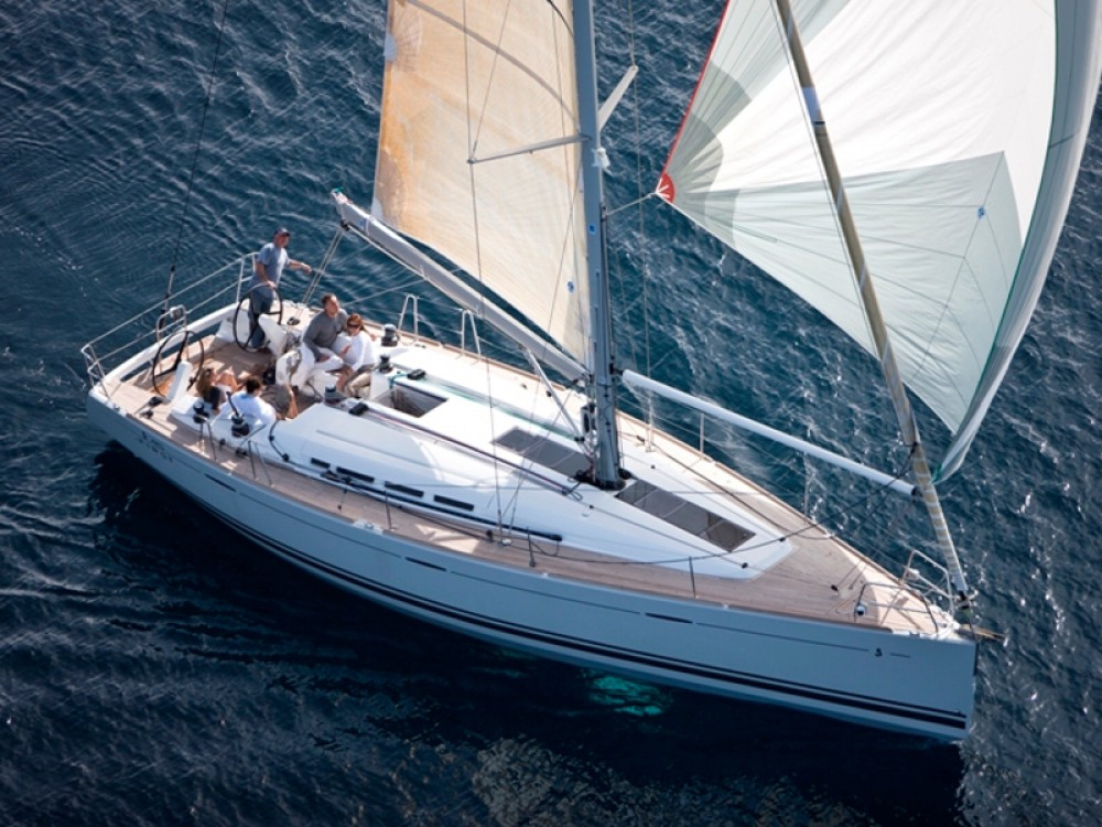 Rent a Bénéteau Beneteau First 45