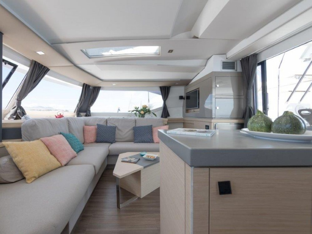Rent a Fountaine Pajot Fountaine Pajot Saona 47 Marina Kaštela