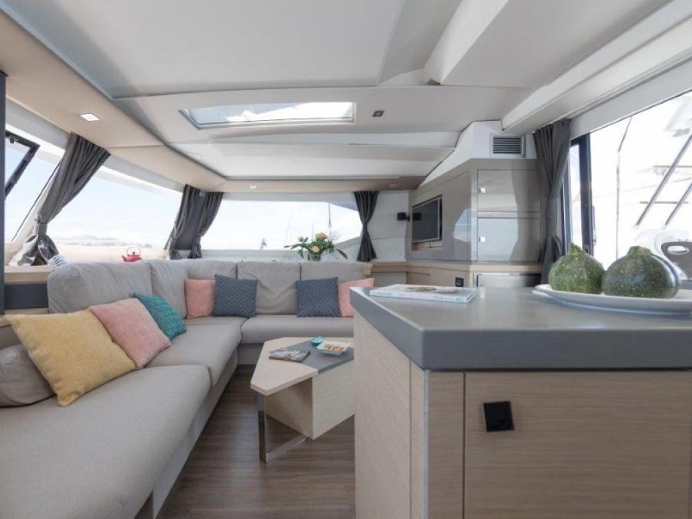 Rental Catamaran in Kaštel Gomilica - Fountaine Pajot Fountaine Pajot Saona 47