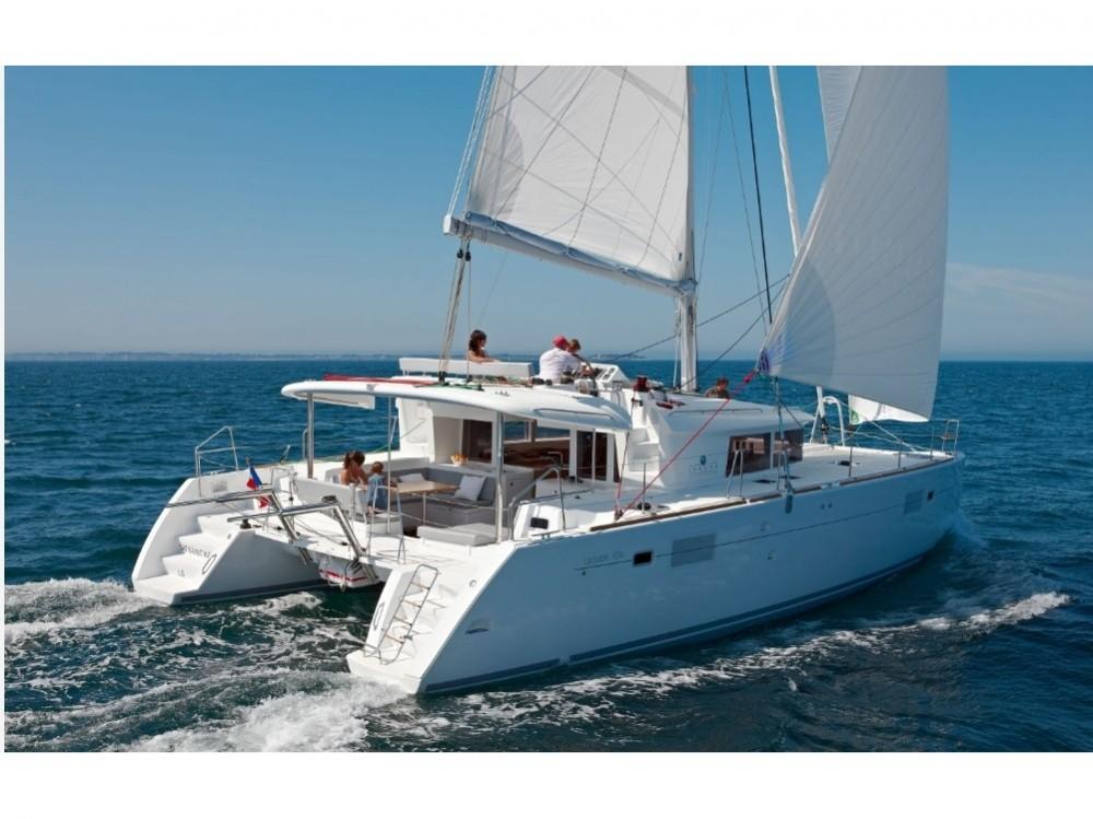Rental yacht Porto Pozzo - Lagoon Lagoon 450  Flybridge on SamBoat