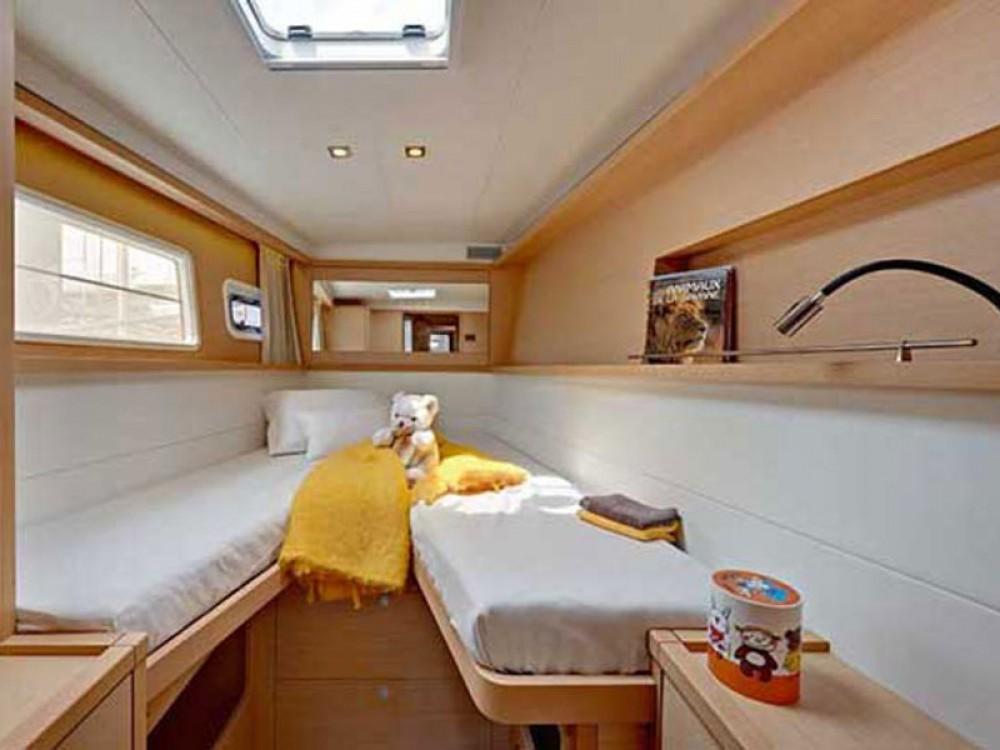Boat rental Rogoznica cheap Lagoon 450