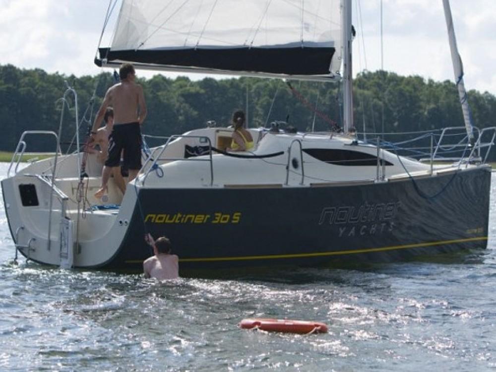 Rental yacht Navene - Nautiner Nautiner 30S Race on SamBoat
