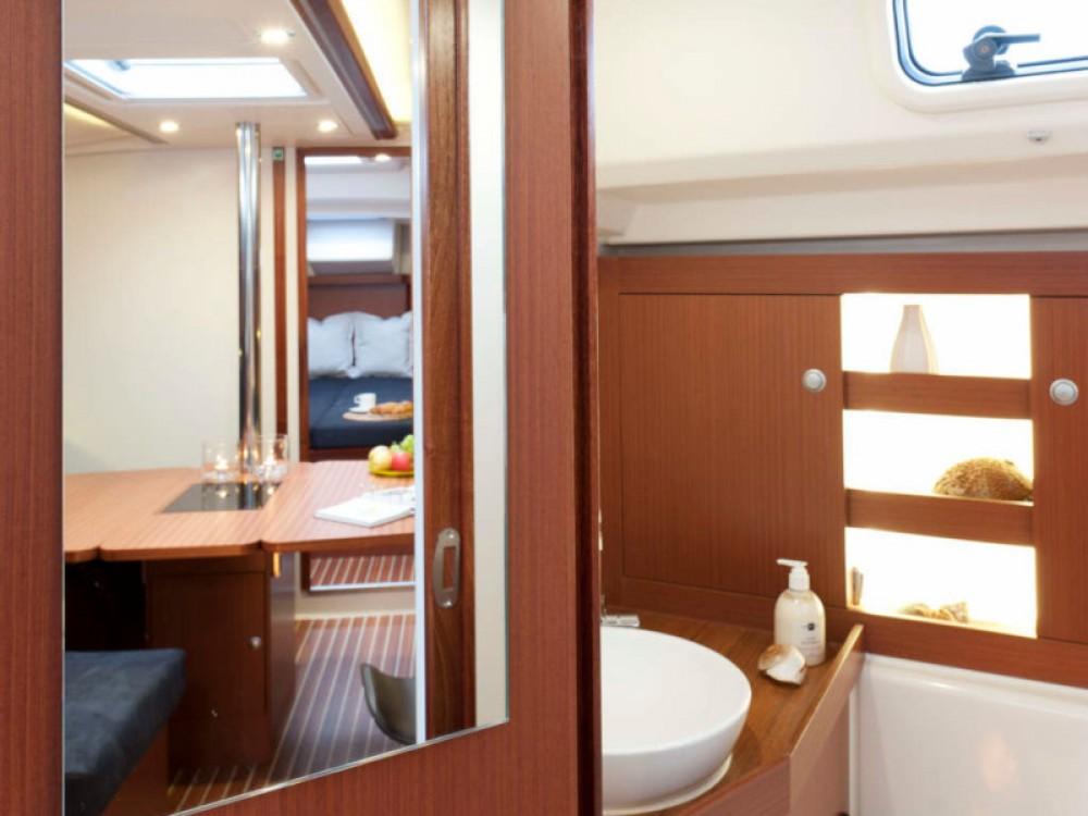 Rental yacht  - Hanse Hanse 385 on SamBoat