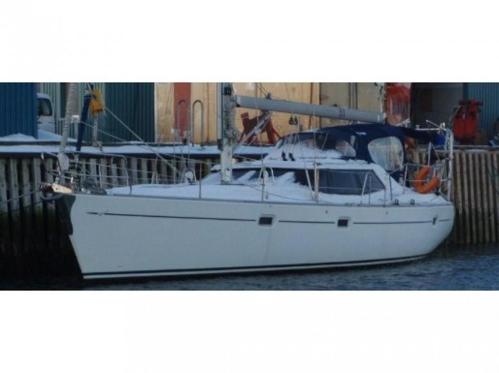 Rental Sailboat in Norway -  Wauquiez Pilot Salon 43
