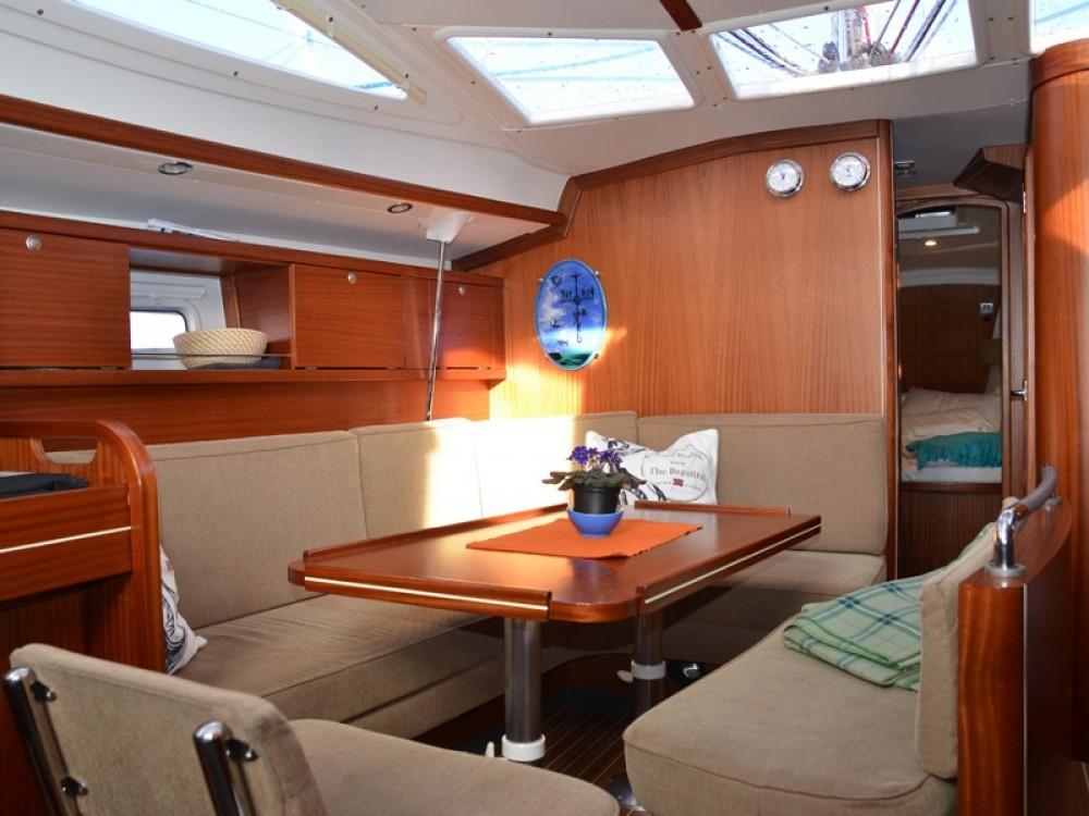 Rental yacht Tromsø - Delphia Delphia 40 on SamBoat