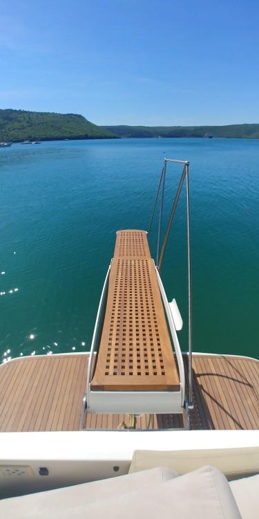 Motor boat for rent Mali Lošinj at the best price