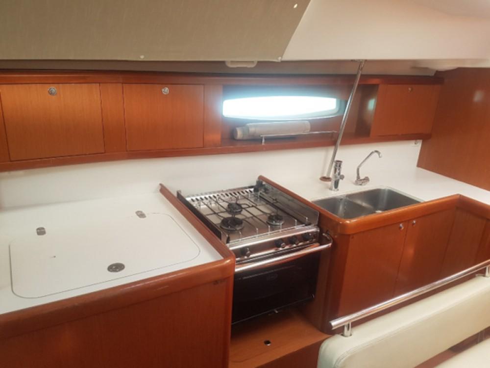 Hire Sailboat with or without skipper Bénéteau Castrignano del Capo