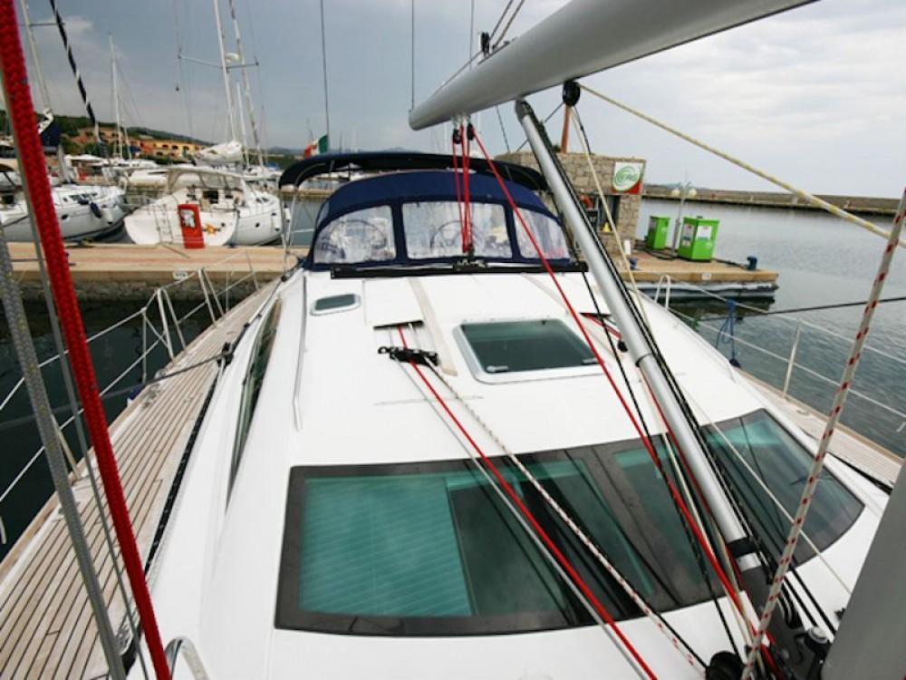 Rental Sailboat in Castrignano del Capo - Jeanneau Sun Odyssey 54DS