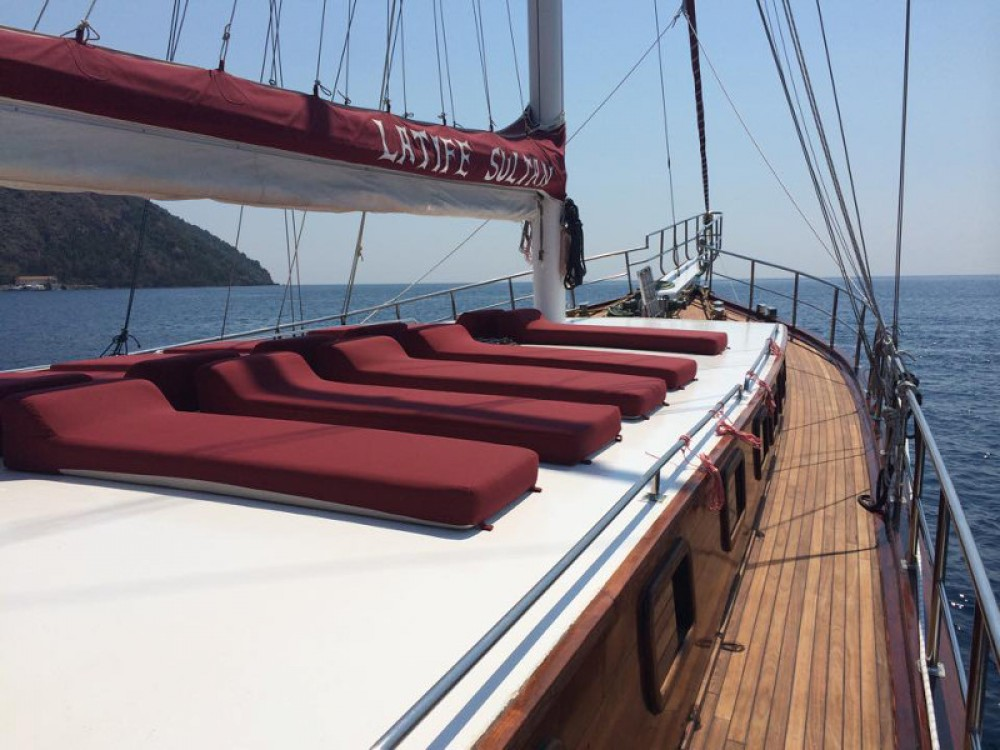 Hire Sailboat with or without skipper  Lipari