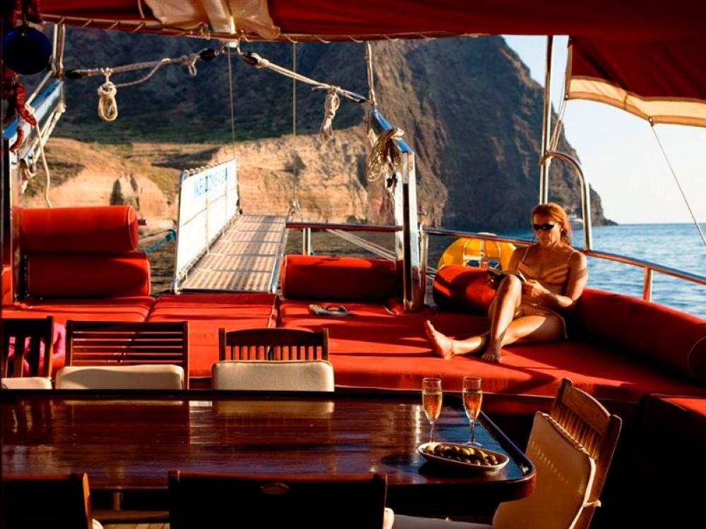 Rental Sailboat in Lipari -  Gulet