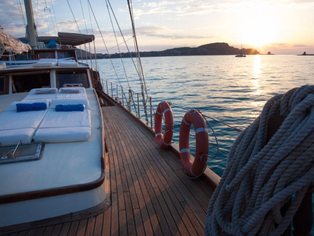 Rental Sailboat in Cannigione -  Gulet