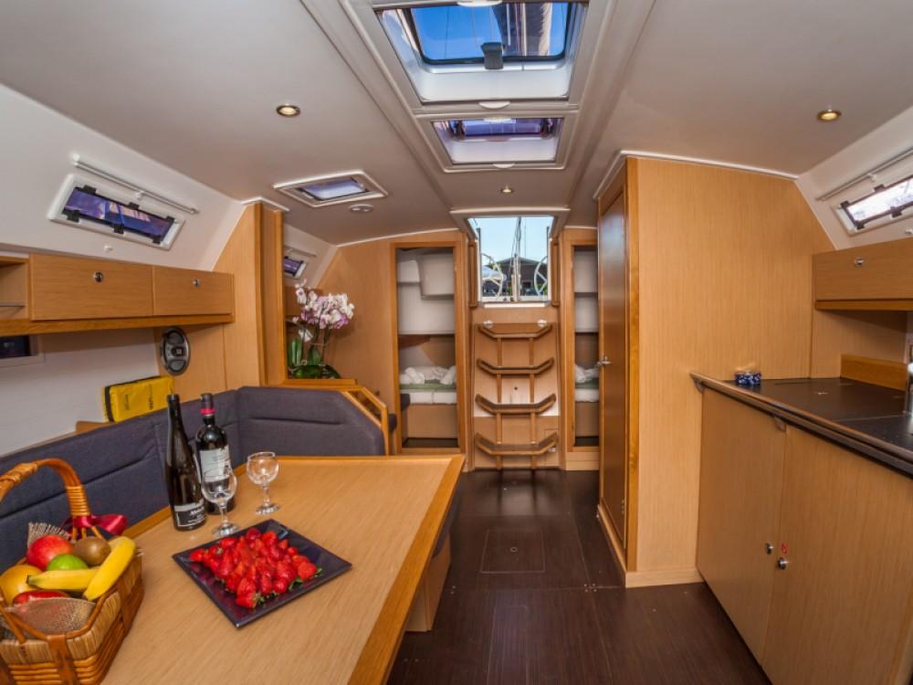 Rental Sailboat in Kontokali - Bavaria Bavaria Cruiser 40
