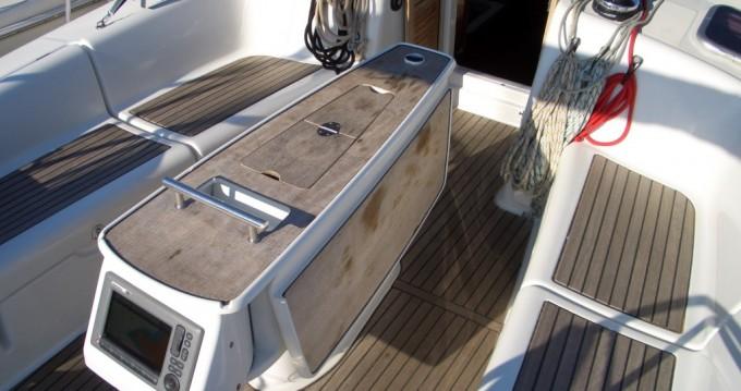 Boat rental Bénéteau Oceanis 40 in Punta Ala on Samboat