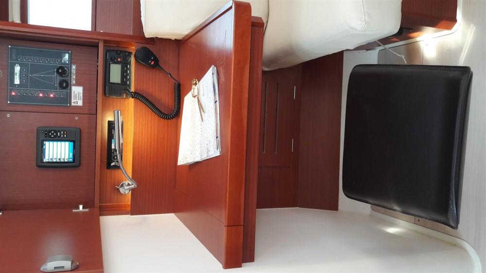 Boat rental Hanse Hanse 455 in Laurium on Samboat