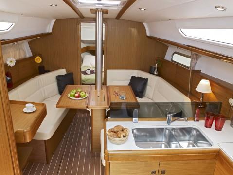 Rental Sailboat in Veruda - Jeanneau Sun Odyssey 36i