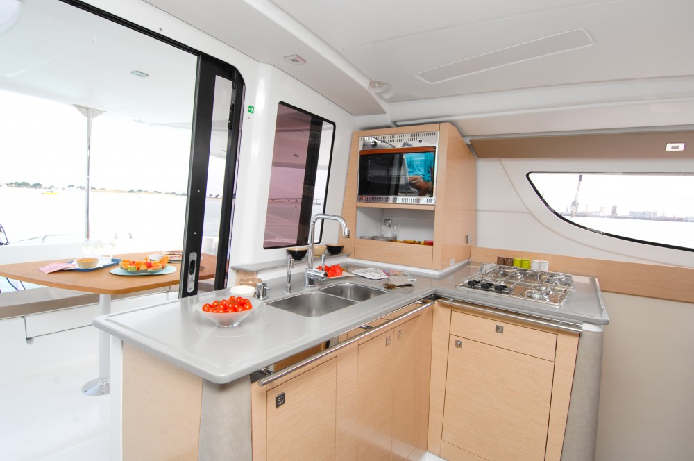 Catamaran for rent Kaštel Gomilica at the best price