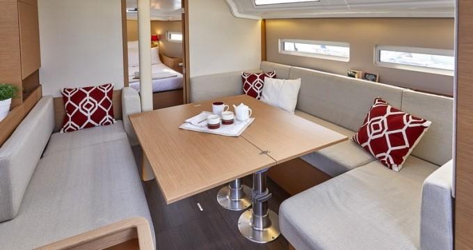 Rental Sailboat in Kaštel Gomilica - Jeanneau Sun Odyssey 410