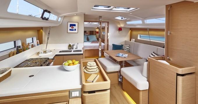 Boat rental Veruda cheap Sun Odyssey 440