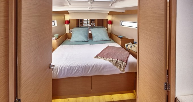 Rental Sailboat in Veruda - Jeanneau Sun Odyssey 440