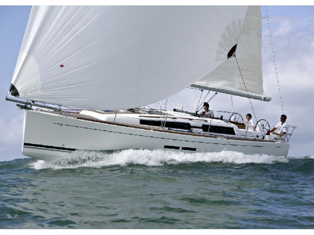 Boat rental Kaštel Gomilica cheap Dufour 375