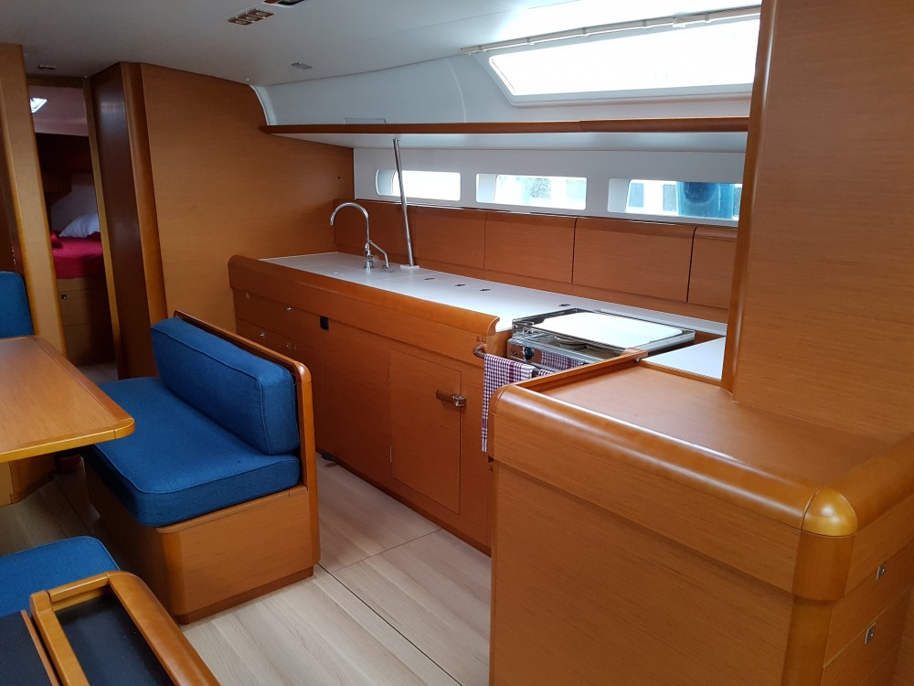 Rental Sailboat in Marina Kaštela - Jeanneau Sun Odyssey 519 - 5+1cab.