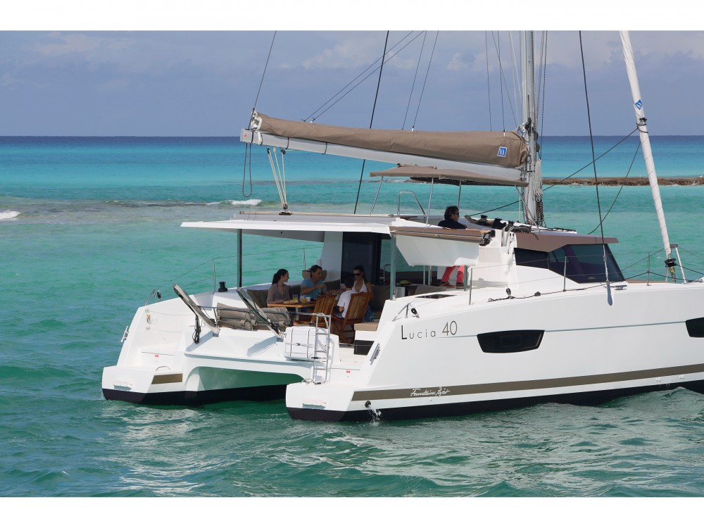 Rent a Fountaine Pajot Lucia 40 owner version Kaštel Gomilica