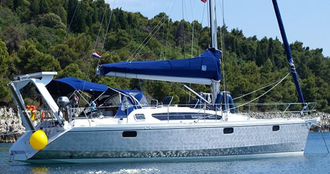 Boat rental Veruda cheap Ovni 395