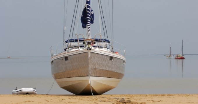Rental Sailboat Alubat with a permit