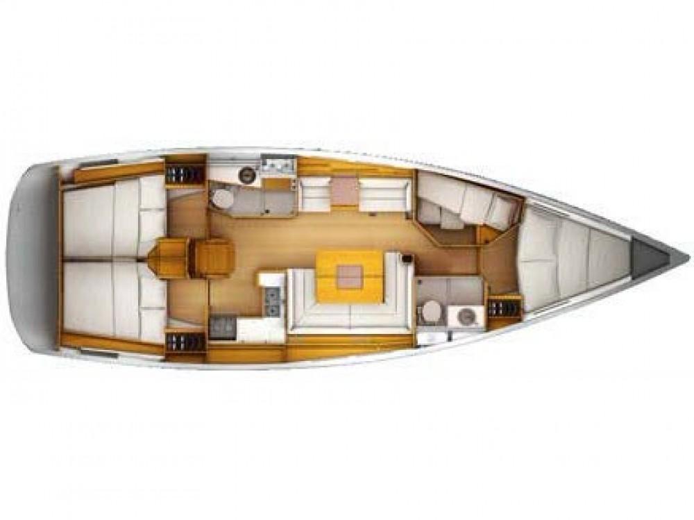 Rental yacht Alimos Marina - Jeanneau Sun Odyssey 439 on SamBoat