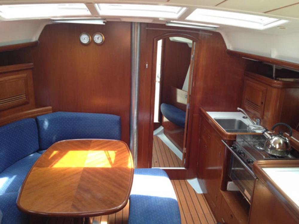 Rental Sailboat in Kontokali - Bénéteau Oceanis 393 Clipper