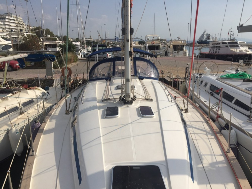 Sailboat for rent Lefkáda at the best price