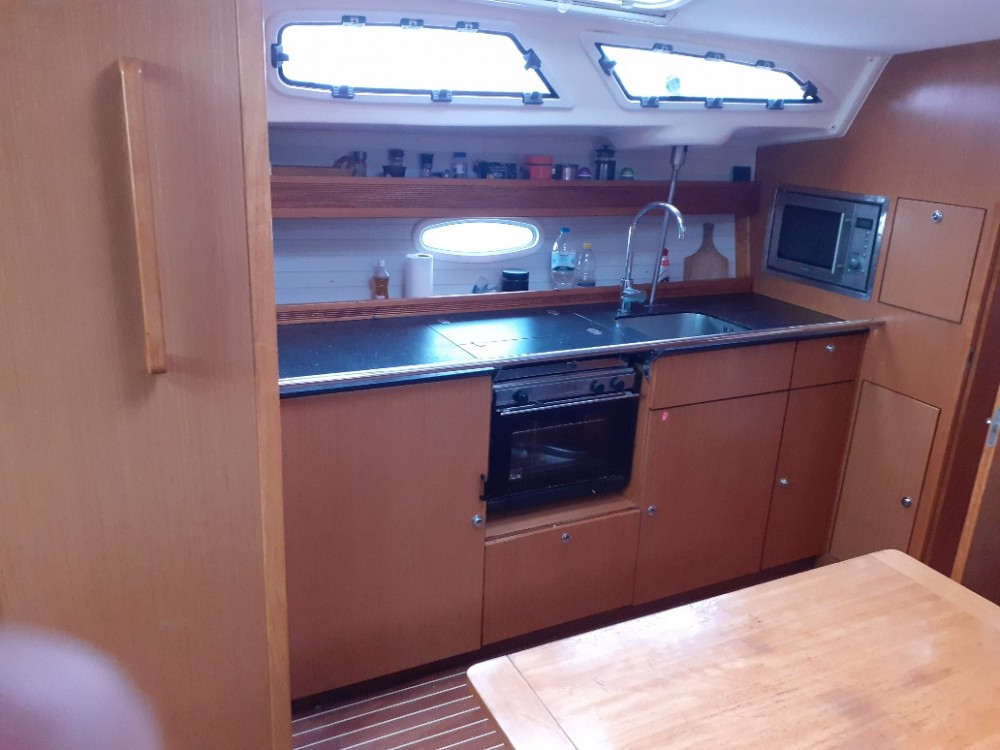 Hire Sailboat with or without skipper Bavaria Nikiana