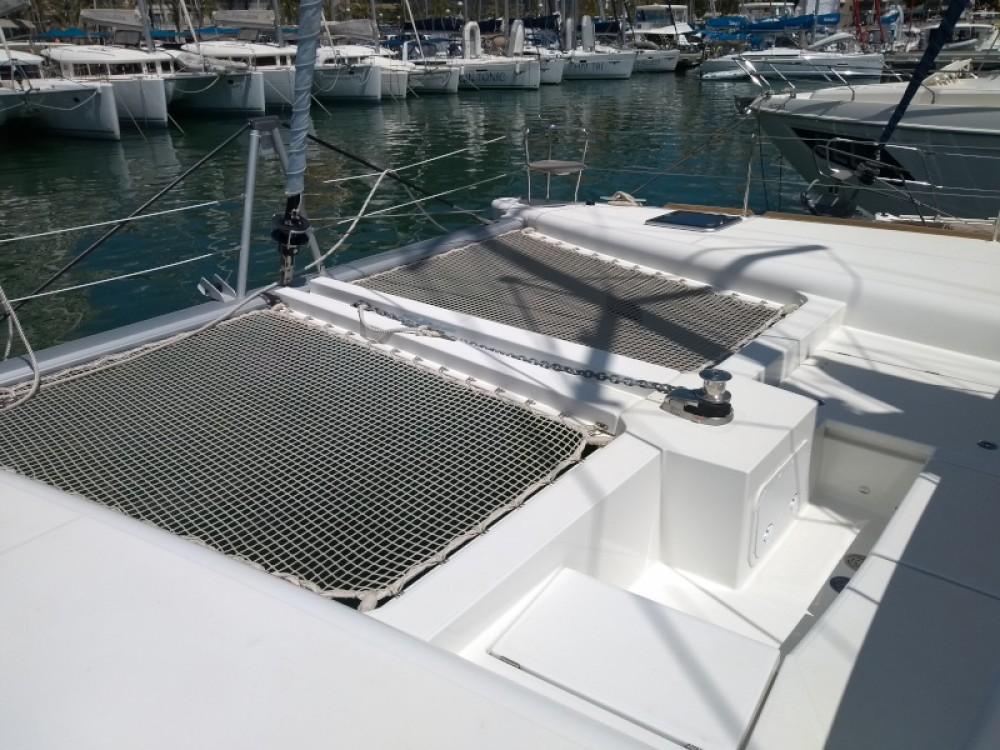 Rental Catamaran in Marina Naviera Balear - Lagoon Lagoon 450