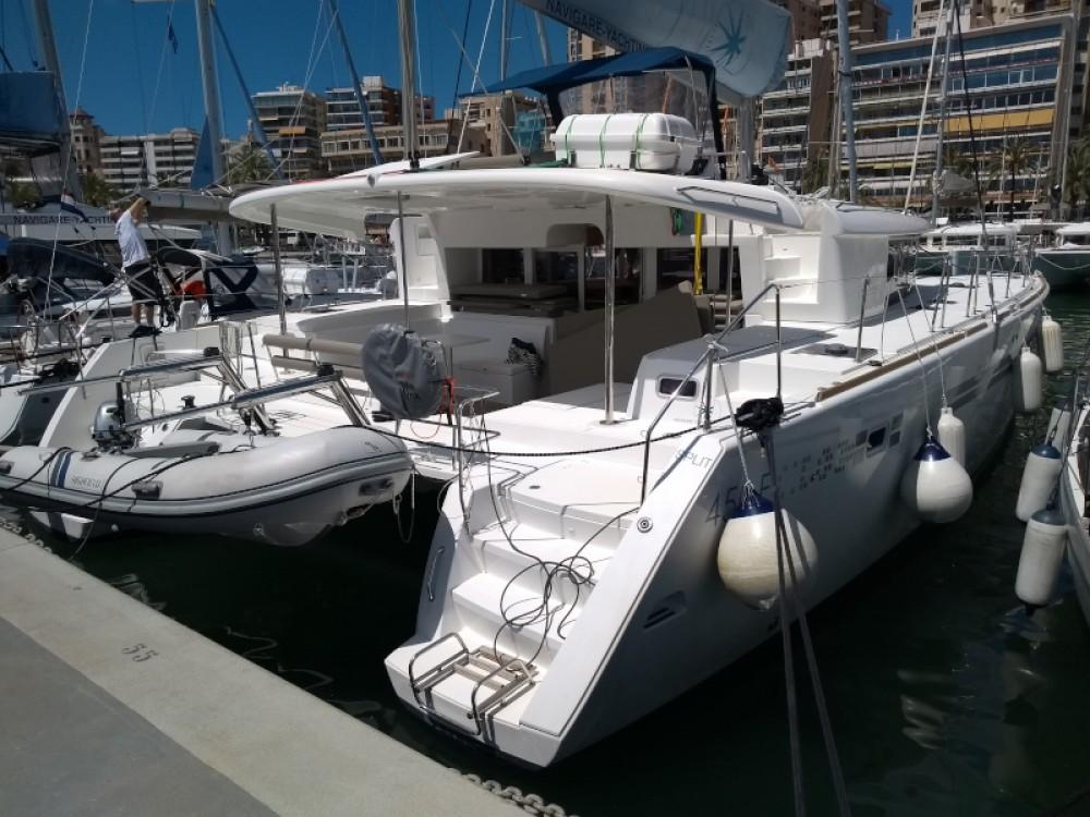 Boat rental Lagoon Lagoon 450 in Marina Naviera Balear on Samboat