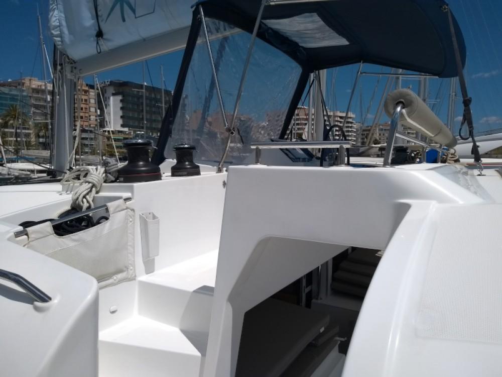 Rent a Lagoon Lagoon 450 Marina Naviera Balear