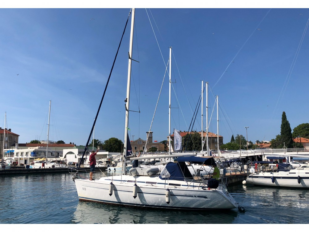 Rent a Bavaria Bavaria 32 Zadar