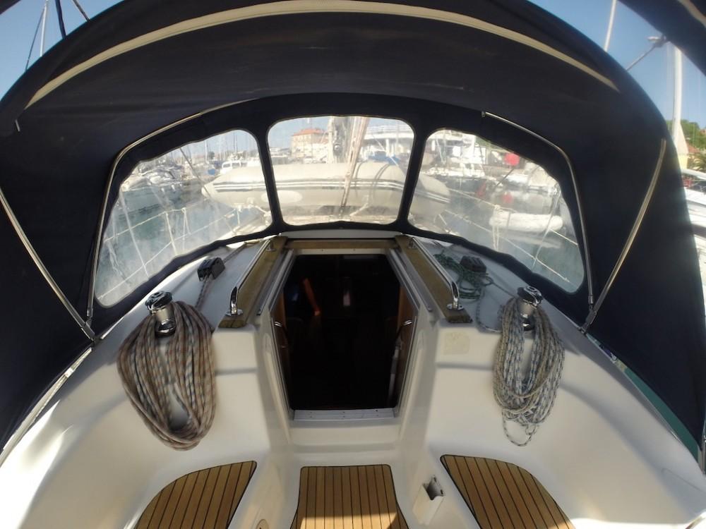 Rental yacht Zadar - Bavaria Bavaria 32 on SamBoat