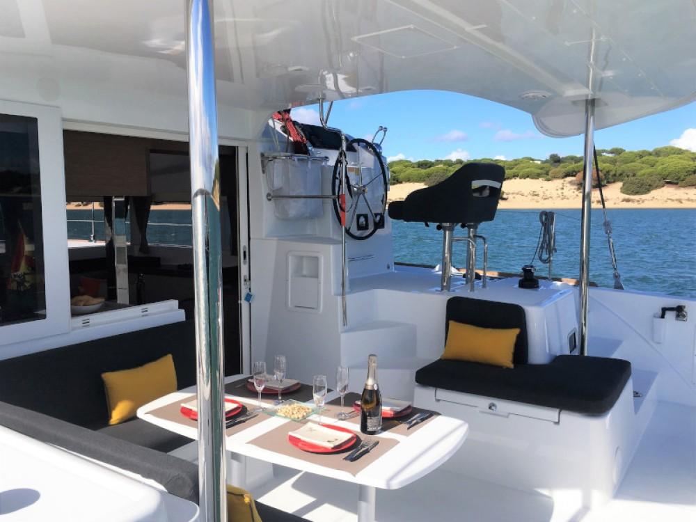 Rental Catamaran in Sant Antoni de Portmany - Lagoon Lagoon 40