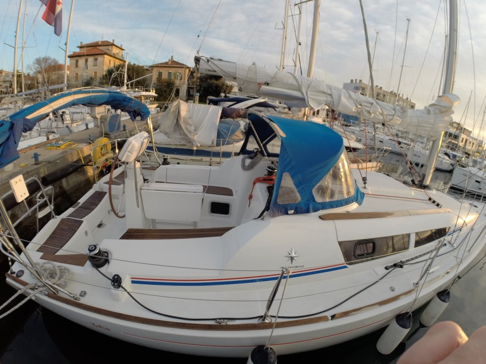 Jeanneau Sun Odyssey 36i between personal and professional Grad Zadar