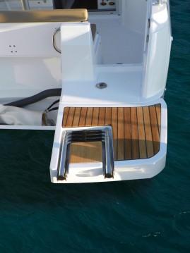 Rental Motorboat in Zadar - Jeanneau Merry Fisher 695