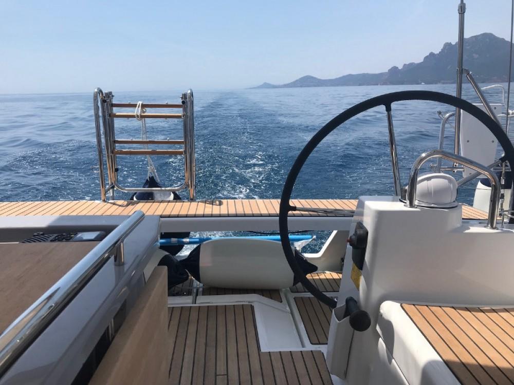 Sailboat for rent La Spezia at the best price