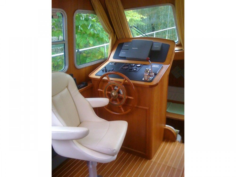 Linssen Linssen Grand Sturdy 380 AC between personal and professional Lübeck