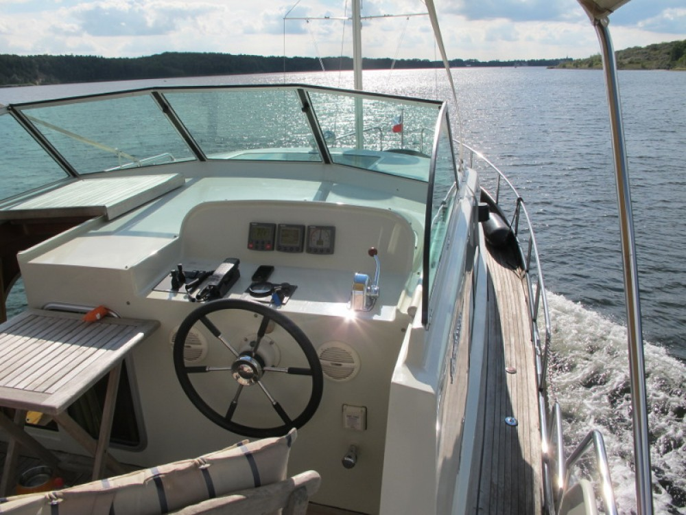 Rental yacht Lübeck - Linssen Linssen Grand Sturdy 380 AC on SamBoat
